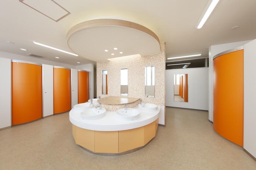 東松山市立松山第二小学校校舎トイレ改修工事_afterの写真
